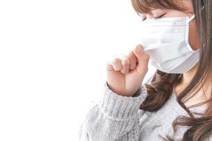 風邪をひいた女性の写真素材 [FYI04723445]