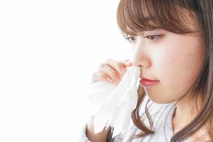 鼻血が出た女性の写真素材 [FYI04723461]