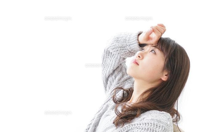 発熱した女性の写真素材 [FYI04723528]