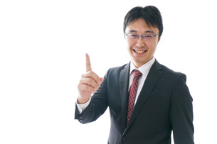 指をさすビジネスマンの写真素材 [FYI04723946]