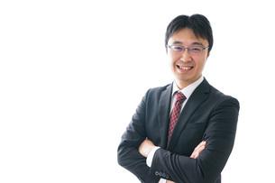 笑顔のビジネスマンの写真素材 [FYI04723947]
