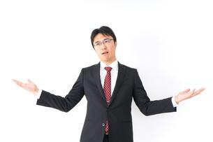 疑問・理解不能・ビジネスマンの写真素材 [FYI04724205]