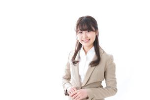 笑顔の若いビジネスウーマンの写真素材 [FYI04724501]