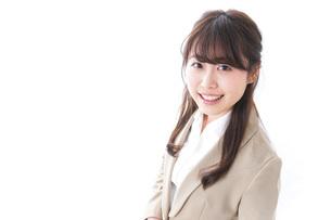 笑顔の若いビジネスウーマンの写真素材 [FYI04724510]