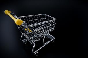 ショッピングカートの写真素材 [FYI04724561]