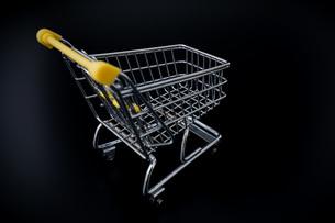ショッピングカートの写真素材 [FYI04724562]