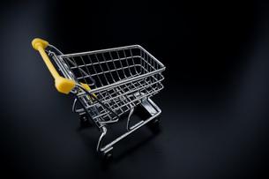 ショッピングカートの写真素材 [FYI04724571]
