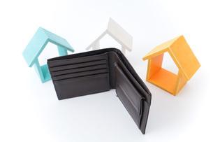 不動産と財布の写真素材 [FYI04724574]