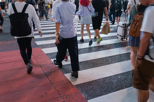 横断歩道の写真素材 [FYI04725265]