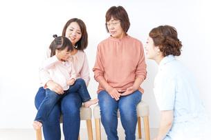 家族・医療イメージの写真素材 [FYI04725852]