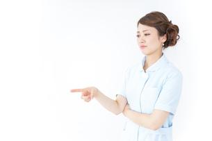 怒る看護師の写真素材 [FYI04727270]