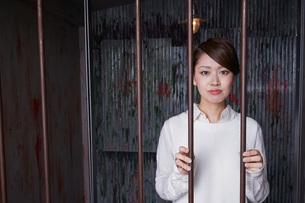 逮捕された女性の写真素材 [FYI04727311]