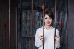 逮捕された女性の写真素材 [FYI04727318]