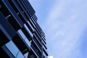 高層ビル・タワーマンションの写真素材 [FYI04727328]