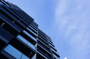 高層ビル・タワーマンションの写真素材 [FYI04727329]
