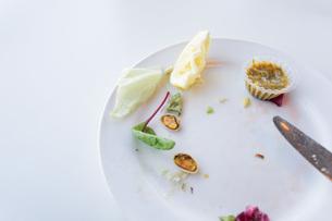 食べ残しイメージの写真素材 [FYI04727923]