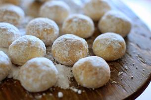 スノーボールクッキーの写真素材 [FYI04728017]