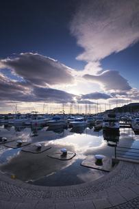 小樽港マリーナの朝の写真素材 [FYI04728323]