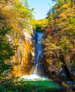 昇仙峡 仙娥滝の写真素材 [FYI04729341]
