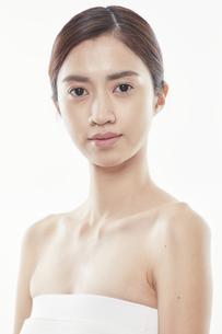 日本人女性のビューティイメージの写真素材 [FYI04730368]