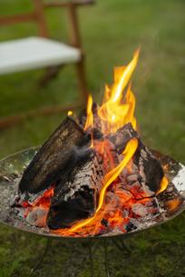 焚き火の写真素材 [FYI04730712]