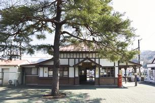 2020年桜シーズンの長瀞駅の写真素材 [FYI04730983]