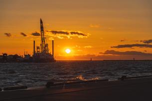 釧路の夕日の写真素材 [FYI04731419]