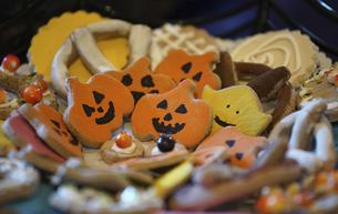 ハロウイーンのお菓子の写真素材 [FYI04731779]