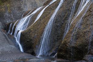 晩秋の袋田の滝の写真素材 [FYI04732255]