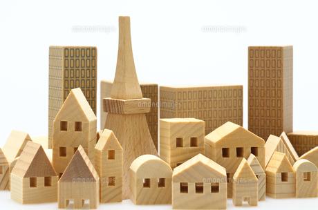家とビルのミニチュア模型の写真素材 [FYI04732483]
