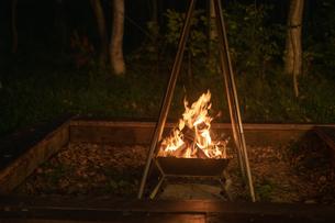 焚き火の写真素材 [FYI04732804]