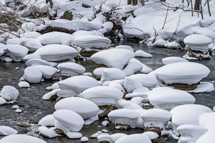 石狩川の真冬の光景の写真素材 [FYI04734694]
