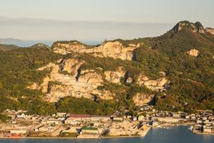 【香川県 高松市】庵治石の採石場の写真素材 [FYI04736718]