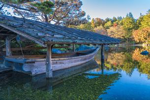 昭和記念公園・秋の日本庭園の写真素材 [FYI04737337]