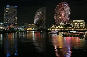 みなとみらいの夜景の写真素材 [FYI04739051]