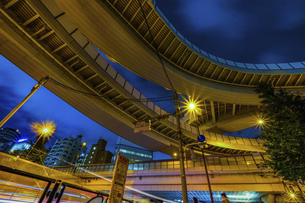 【東京都】西新宿ジャンクション【2020】の写真素材 [FYI04739127]