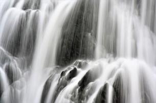 滝の写真素材 [FYI04739361]