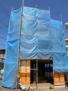 建設中の木造住宅の写真素材 [FYI04739885]