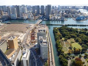 東京都 移転した旧築地市場の跡地の写真素材 [FYI04739935]