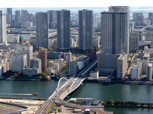 東京都 隅田川と築地大橋の写真素材 [FYI04739953]