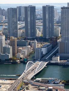 東京都 隅田川と築地大橋の写真素材 [FYI04739955]