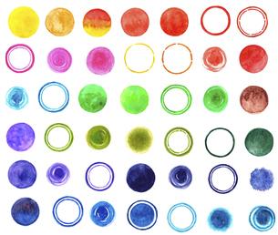 水彩で描いた水玉や円の模様【素材セット】のイラスト素材 [FYI04740491]