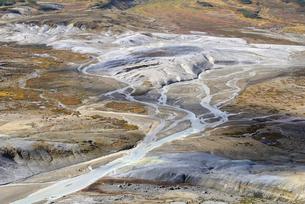 お鉢平の赤石川源流部(北海道・大雪山)の写真素材 [FYI04740995]
