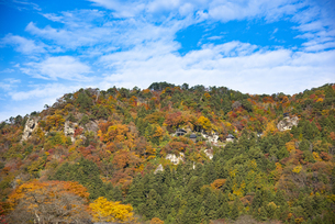 秋の立石寺の写真素材 [FYI04741895]
