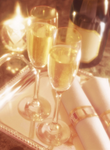 シャンパンとナプキンの写真素材 [FYI04741925]