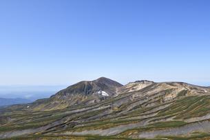 白雲岳から見た旭岳(北海道・大雪山)の写真素材 [FYI04742351]