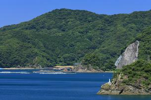 海上マリア像の写真素材 [FYI04742478]