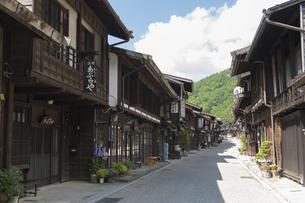 中山道 奈良井宿 の写真素材 [FYI04742773]