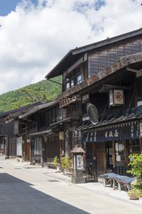 中山道 奈良井宿 の写真素材 [FYI04742775]