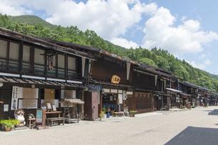 中山道 奈良井宿 の写真素材 [FYI04742793]
